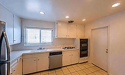 Kitchen, 656 Sandalwood Dr, 2