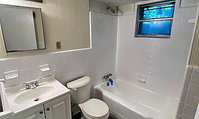Bathroom, 6 C Ronnie Ave, 2