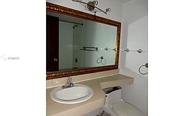 Bathroom, 16450 NW 2nd Ave 405, 2