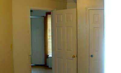 Bedroom, 114 W King St, 1
