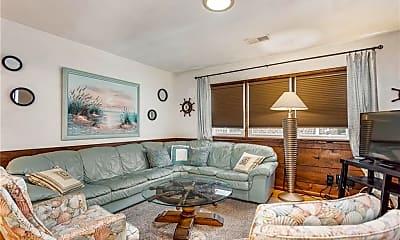 Living Room, 2245 Powhatan Ave, 0