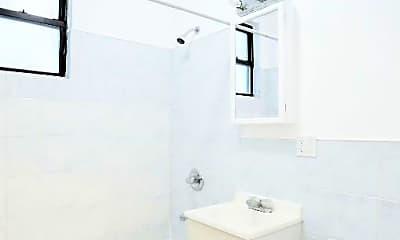 Bathroom, 181 Bleecker St, 2