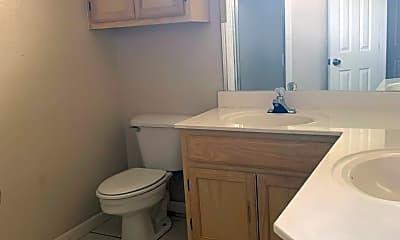 Bathroom, 3001 N J St, 2