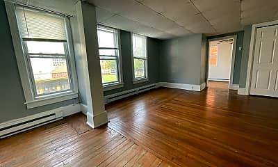 Living Room, 129 N High St, 0