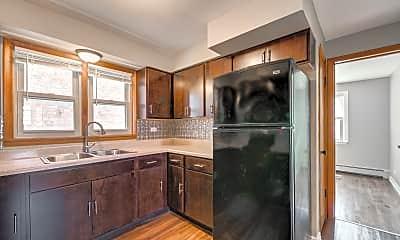 Kitchen, 1712 W 87th St, 1