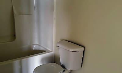 Bathroom, 42 Anthony St, 2