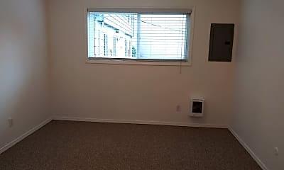 Bedroom, 2136 NE Weidler St, 2