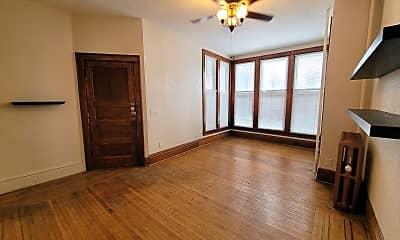 Living Room, 91 Victoria St, 1