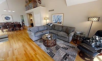 Living Room, 2740 Maitland Dr, 1
