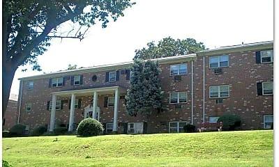 Building, Lancaster Court Apartments, 2