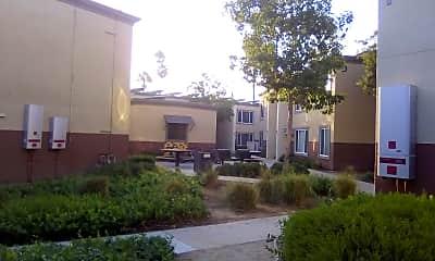 Oak Knoll Villas, 2
