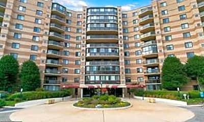 Building, 8380 Greensboro Dr 617, 1