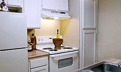 Kitchen, 10000 Walnut St, 0