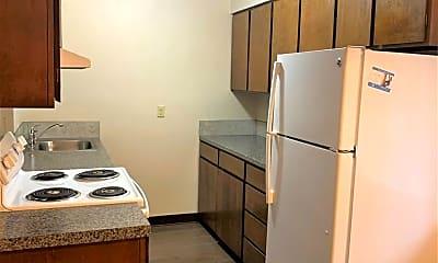 Kitchen, 1701 E Reserve St, 1