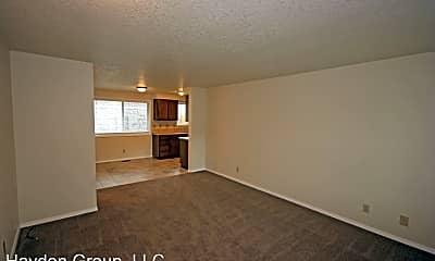 Living Room, 133 SE 12th Ave, 1