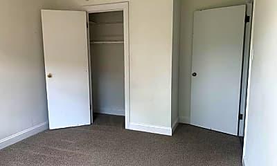 Bedroom, 341 Des Peres Ave, 2