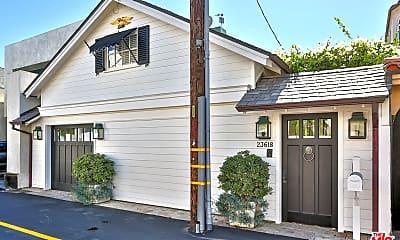 Building, 23618 Malibu Colony Rd 56, 1