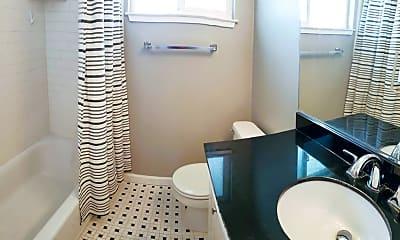 Bathroom, 118 La Rue Ave, 1