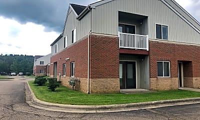 Putnam Square Apartments, 2