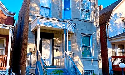 Building, 7111 S Ingleside Ave, 1