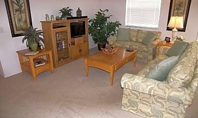 Living Room, 1203 Mathews Ln, 1