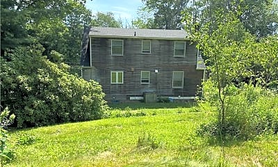 Building, 205 Catlin Rd, 2