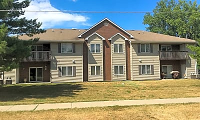 Building, 211 Ashworth Dr, 0