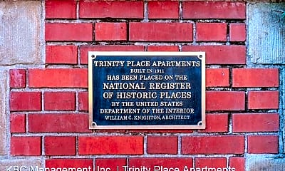 Community Signage, 117 NW Trinity Pl, 2