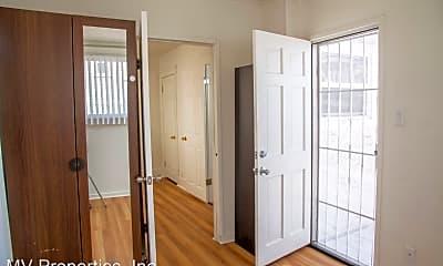 Bedroom, 4020 34th St, 2