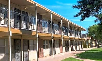 Building, 102 Waco Ave, 1