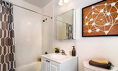 Bathroom, 527 VFW Parkway, 2