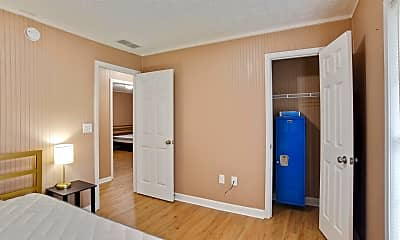 Bedroom, Room for Rent -  a 8 minute walk to bus stop Flint, 2