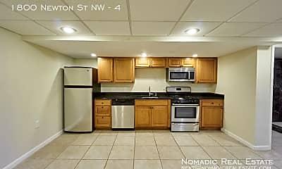 1800 Newton St NW, 1
