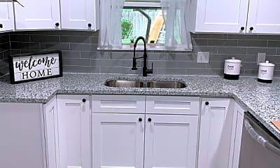 Kitchen, 11027 Auldine Dr, 1