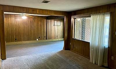 Living Room, 2109 Arkansas Ave, 1