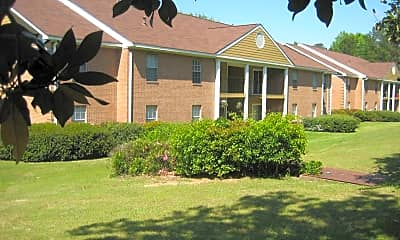 Landscaping, River Park Apartment Homes, 0
