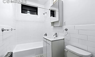 Bathroom, 931 Putnam Ave 2, 2
