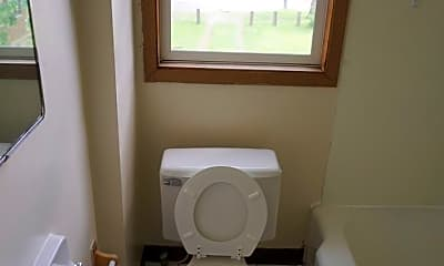 Bathroom, 65 E Norwich Ave, 2