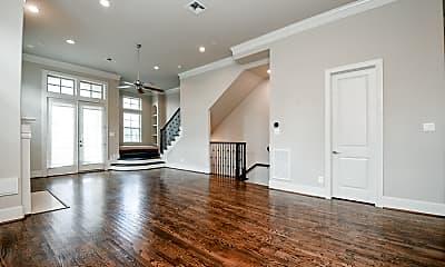 Living Room, 2621 Rusk St, 2