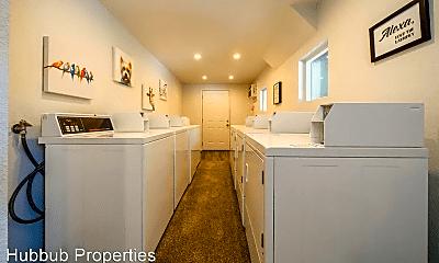 Kitchen, 1445 Magnolia Ave, 2