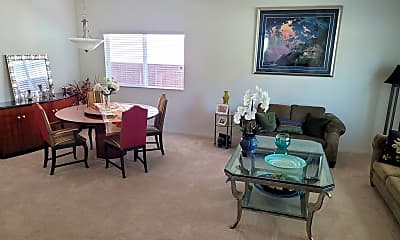 Dining Room, 732 Courtland Ave, 2