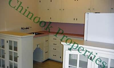 Kitchen, 1176 Mill St, 2