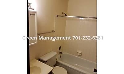 Bathroom, 2333 20 1/2 Ave S, 1