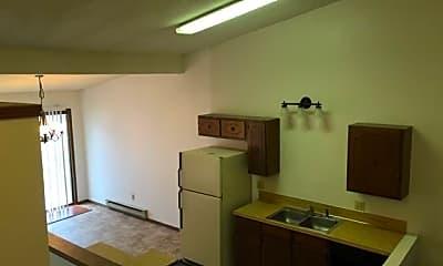 Building, 910 Fairmont Ct, 2
