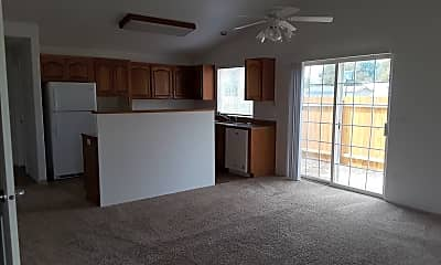 Living Room, 410 NE 7th St, 1
