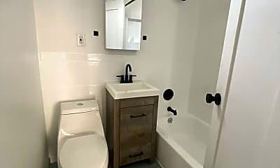 Bathroom, 1514 N Glendale Blvd, 2