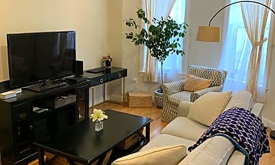 Living Room, 113 Warren Ave, 0