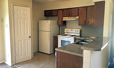 Kitchen, 502 E Denton Dr, 2