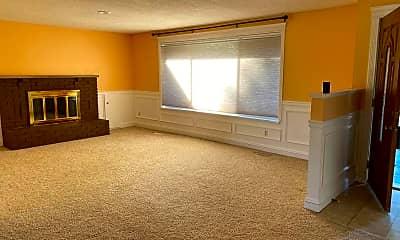 Living Room, 6909 46th Ave E, 2