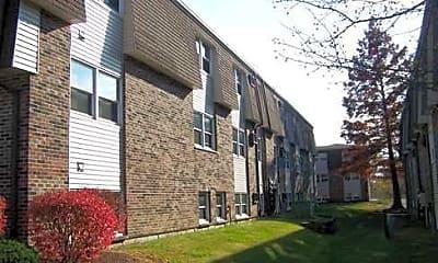 Building, Avery Glen, 1